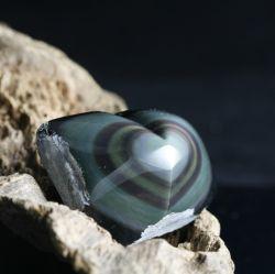 Obsidian duhový